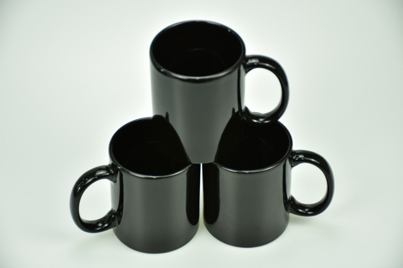 Colored Mugs Black