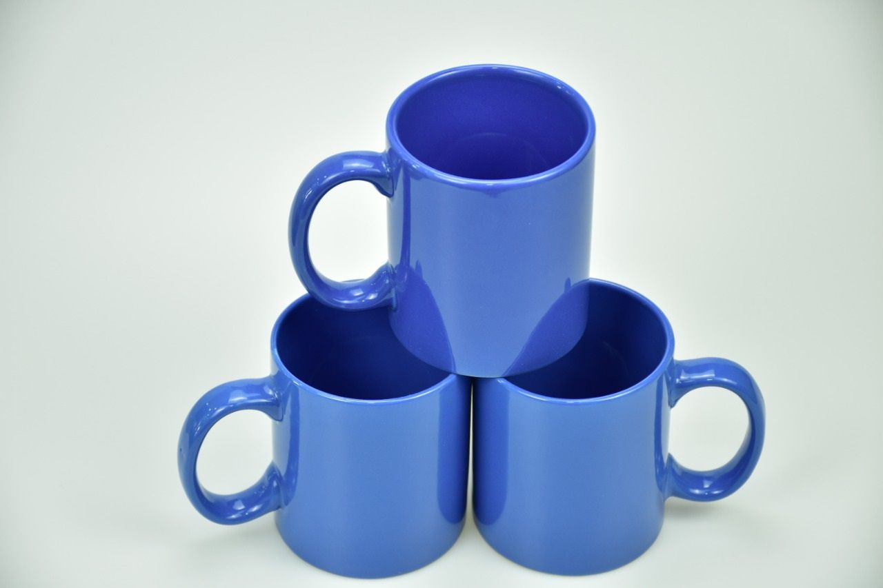 Colored Mugs Blue