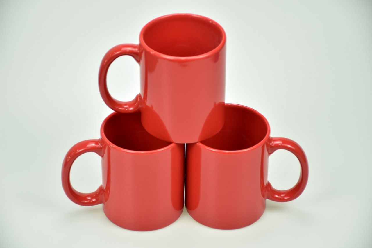 Colored Mugs Red